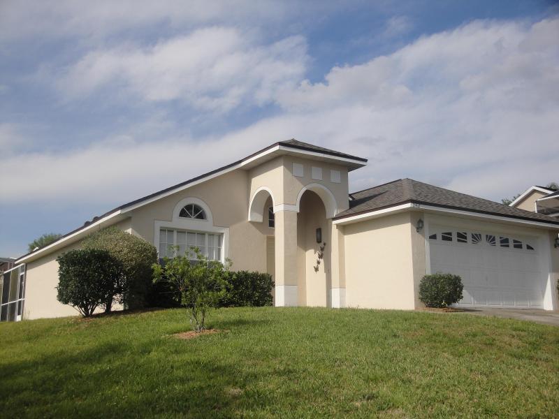 Sunrise Villa 3 Bedroom, 2 Bathroom villa with Games room - Sunrise Villa your perfect getaway - Davenport - rentals