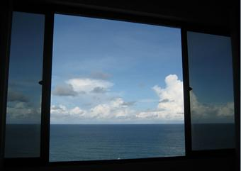 Top-floor penthouse with ocean views, free wi-fi - Image 1 - Recife - rentals