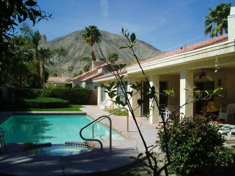 Newer Furnished house in Vista Paseo - Image 1 - Palm Desert - rentals