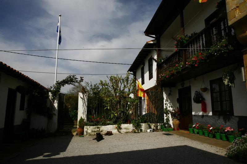 The house - Lovely house on small Cantabrian coast village. - Ruiloba - rentals