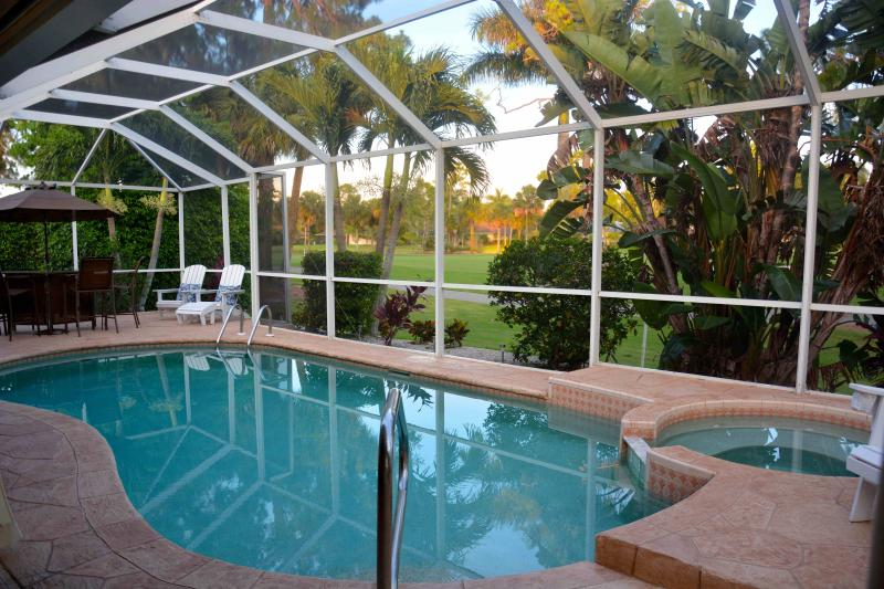 Solar Heated Pool, Jacuzzi overlooks the 6th par on Royal Palm Golf Course   - Stunning Golf Course Views/ Lely  Pool Home 3/2 plus den/office - Naples - rentals