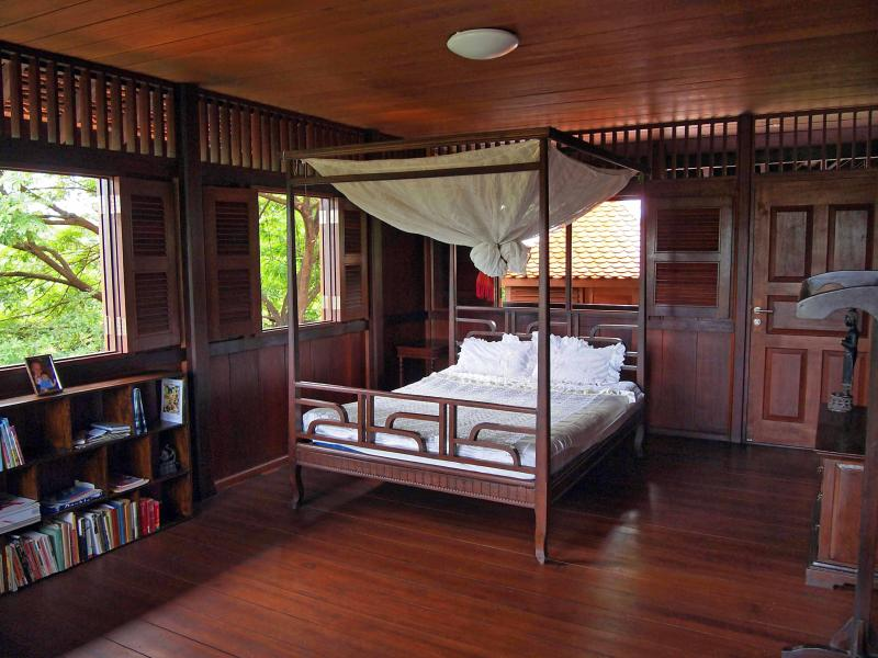 Bed in superior homestay room - Channa's Angkor Homestay - Siem Reap - rentals