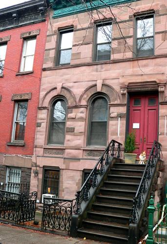 Historic Brownstone exterior - Brownstone Suite in LIC - New York City - rentals