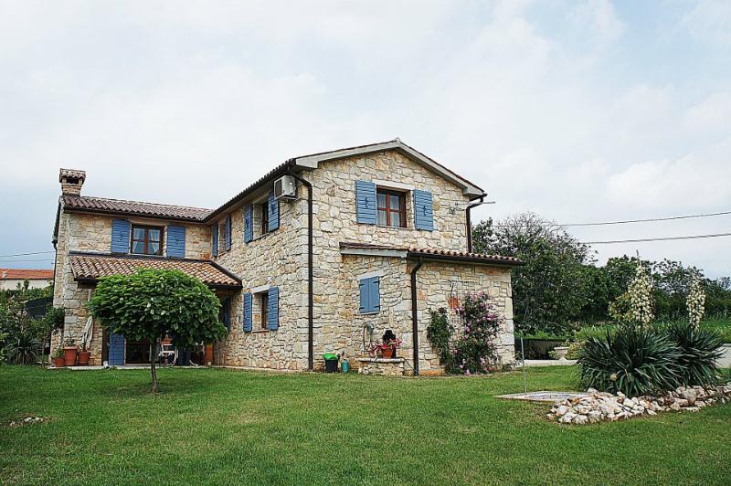 Istrian stone villa Plava poneštrica - ROMANTIC ISTRIAN STONE VILLA IN KASTELIR - Kastelir - rentals