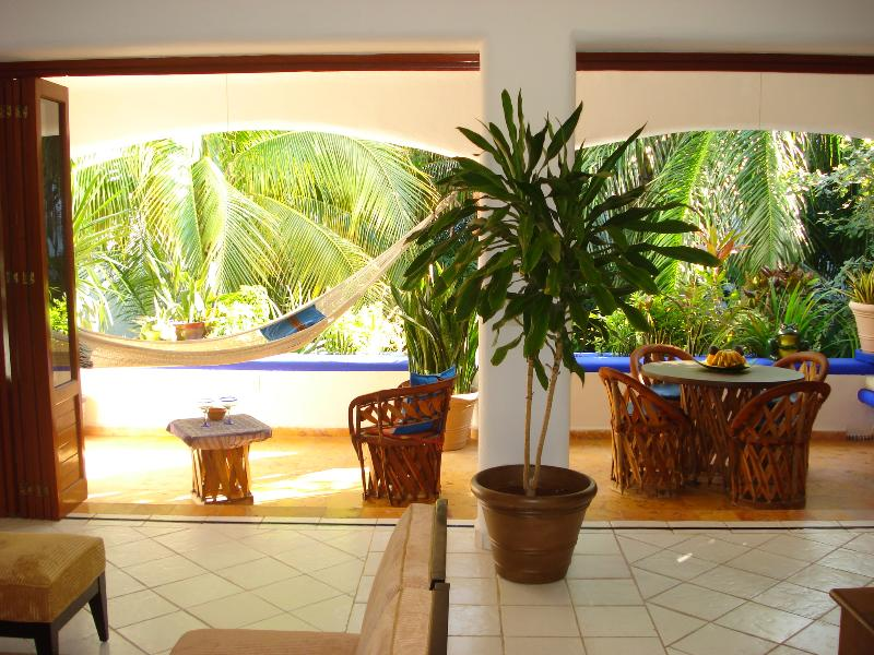 Spacious Balcony For You To Dine 'al fresco'. - Enchanting Seaside,Mexican Caribbean Condo .Pool. - Playa del Carmen - rentals