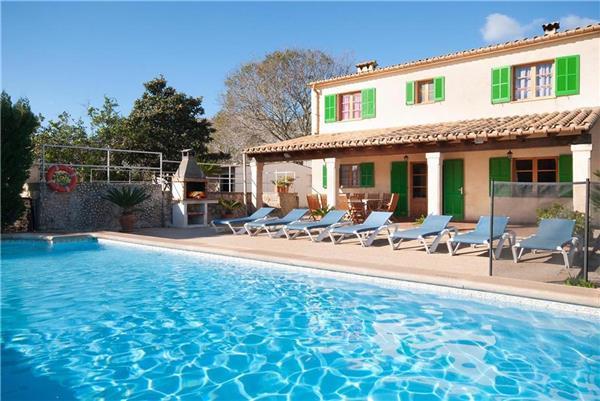 5 bedroom Villa in Pollenca, Mallorca : ref 2101930 - Image 1 - Pollenca - rentals