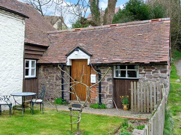 GATE HOUSE ANNEXE, pet-friendly cottage, close pub, walking etc in Picklescott Ref 23155 - Image 1 - Picklescott - rentals