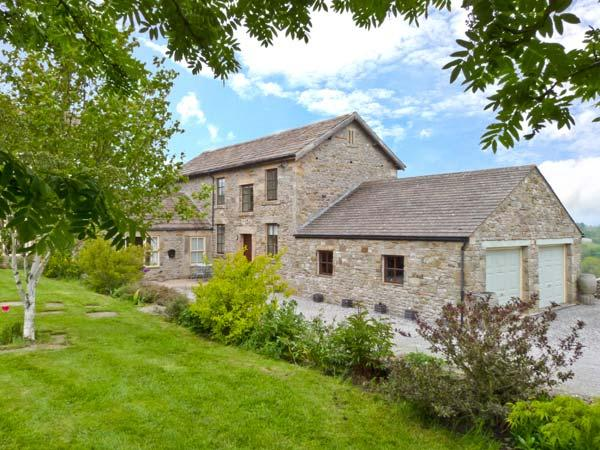 HOWLUGILL BARN, pet-friendly cottage, sitting room with views, walks from doorstep, Bowes Ref 23455 - Image 1 - Bowes - rentals