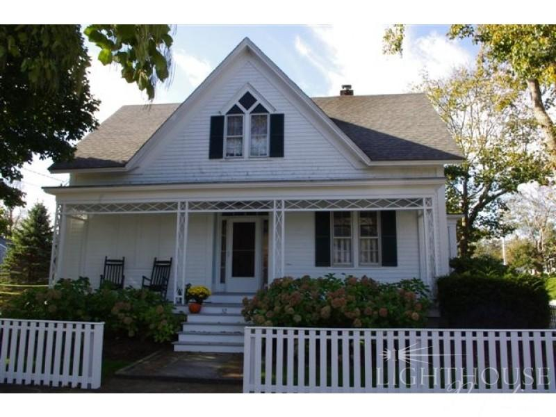 32 Cottage Street - Image 1 - Edgartown - rentals