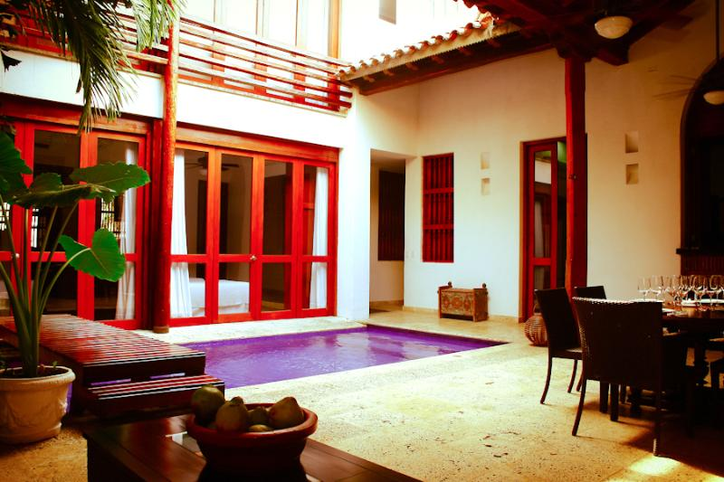 5 Bedroom Spanish Style Home in Old Town - Image 1 - Cartagena - rentals