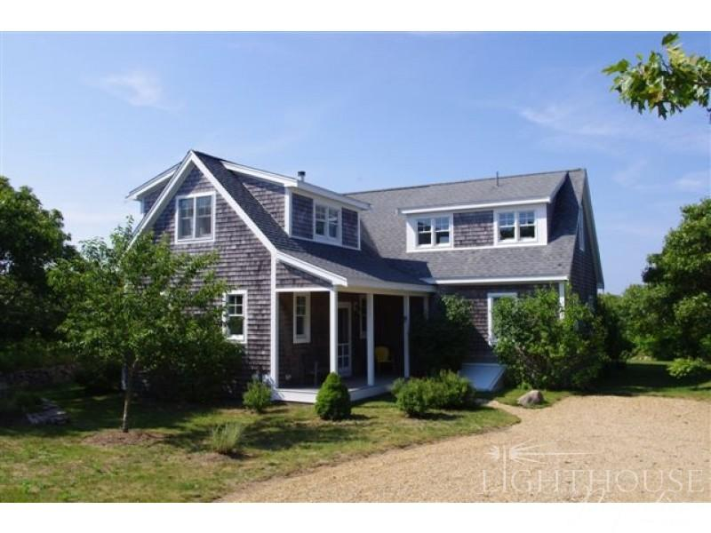 10 Rose Meadow Way - Image 1 - Aquinnah - rentals