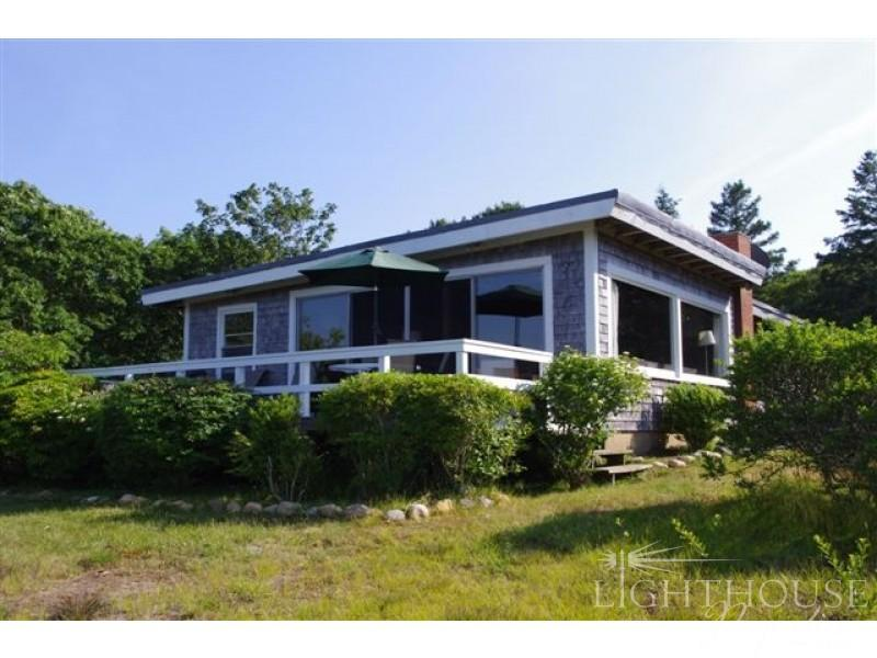 Rental home, Lobsterville area of Gay Head, Martha's Vineyard - 8 East Pasture Shore Road - Aquinnah - rentals