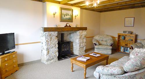 Holiday Cottage - Mewsford Cottage, Bosherston - Image 1 - Pembrokeshire - rentals