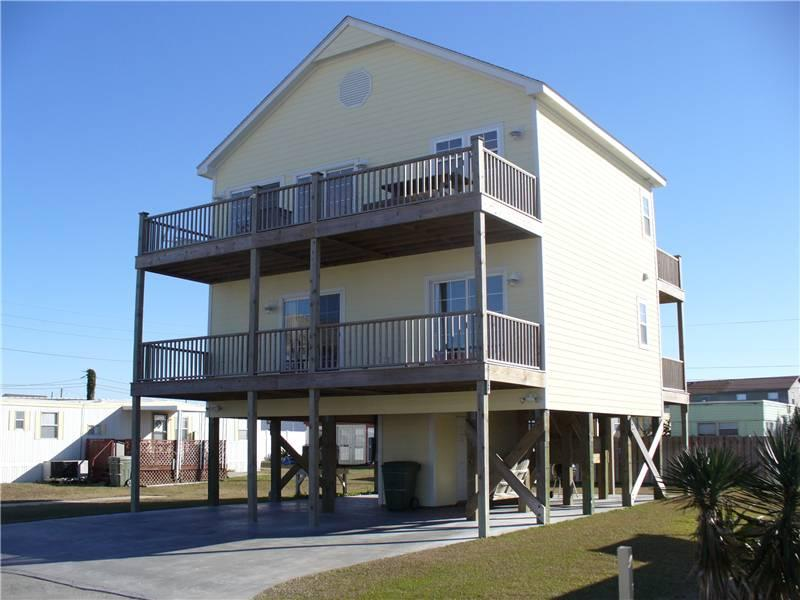 Queenie's Pair-a-Dice - 408 E. Dobbs Street - Image 1 - Atlantic Beach - rentals