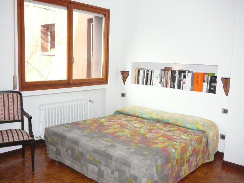 The bright double room - BRIGHT ROOM WITH LUXURY BATHROOM NEAR METRO !!! - Milan - rentals