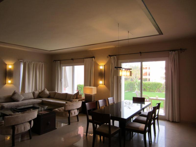 LUXURY VILLA 1 BD APARTMENT AT 5 STAR RESORT (8B1) - Image 1 - Sharm El Sheikh - rentals