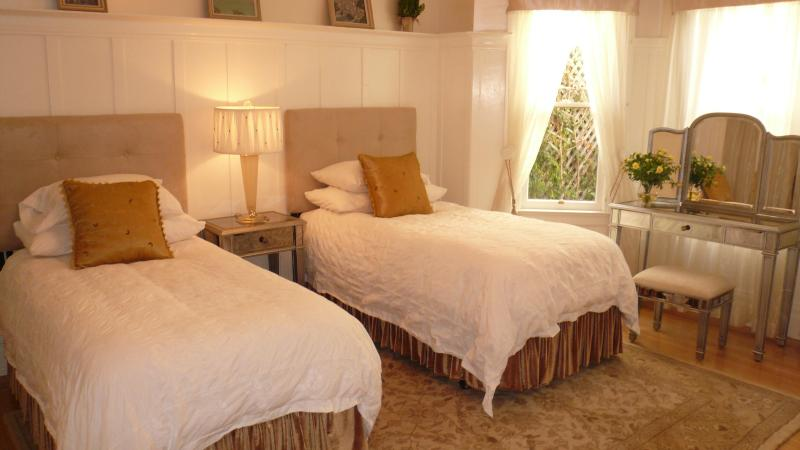 Bedroom - A Beautiful Gem as seen on the Fine Living Channel - San Francisco - rentals