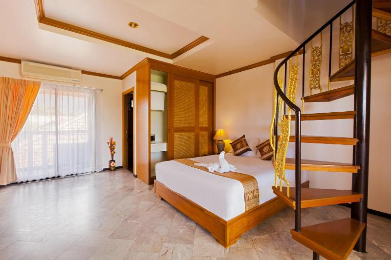 small duplex for 5 guests with kitchenette - Small Duplex 5 Guests-Kitchenette-Shared Pool - Patong - rentals