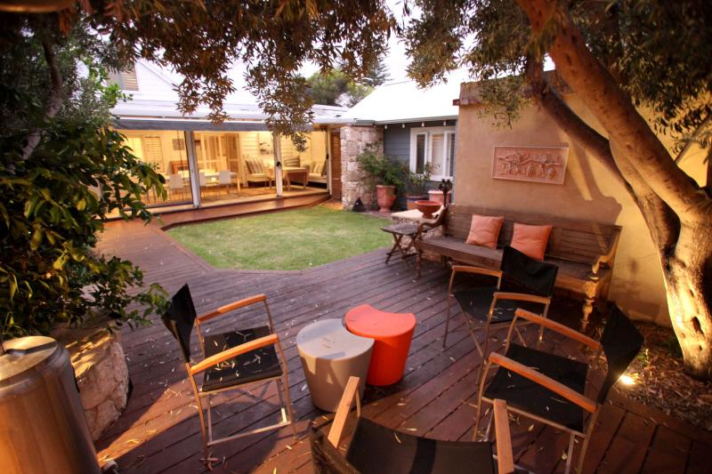 The Orient beach House - Image 1 - South Fremantle - rentals