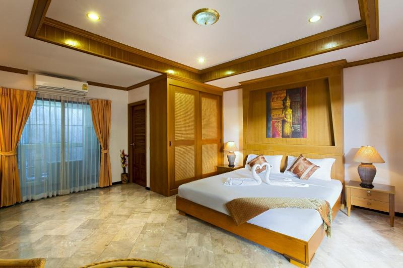 35 m2 studio for 2 guests - Studio for 2, Kitchenette, Shared Swimming Pool - Patong - rentals