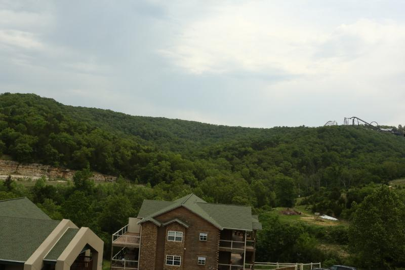 Branson Vacation Rental | Eagles Nest | Indian Point | Silver Dollar City | Top Level (3110605) - Image 1 - Branson - rentals