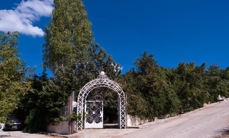 Garden Entrance - Athens Villa...Luxury Villa at your service - Kalyvia Thorikou - rentals