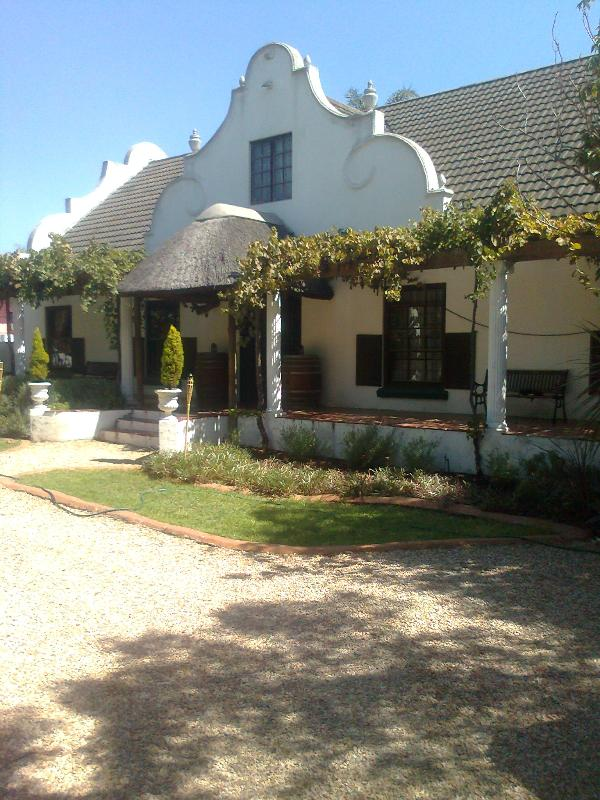 Front of house - The Vinelands on Alpha Guest House - Cape Town - rentals