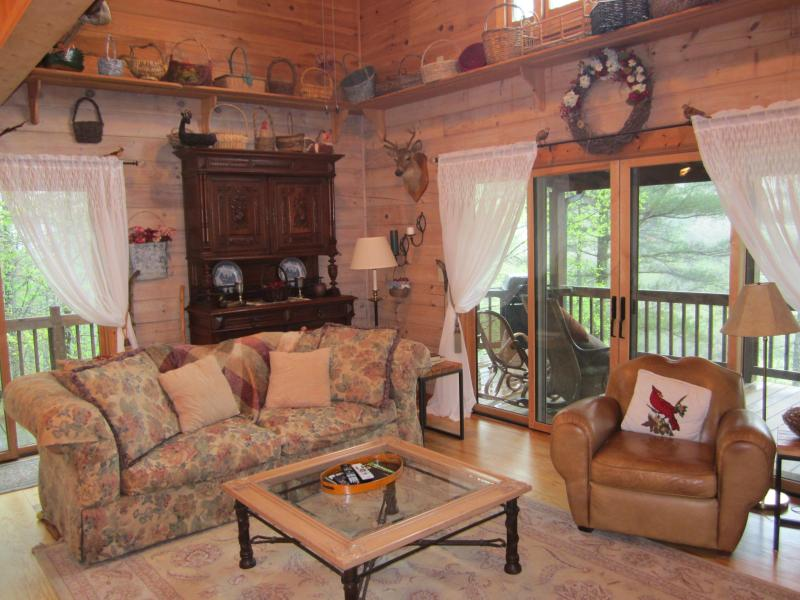 Pappy's Place - Pappy's Southern Comfort - Ellijay - rentals