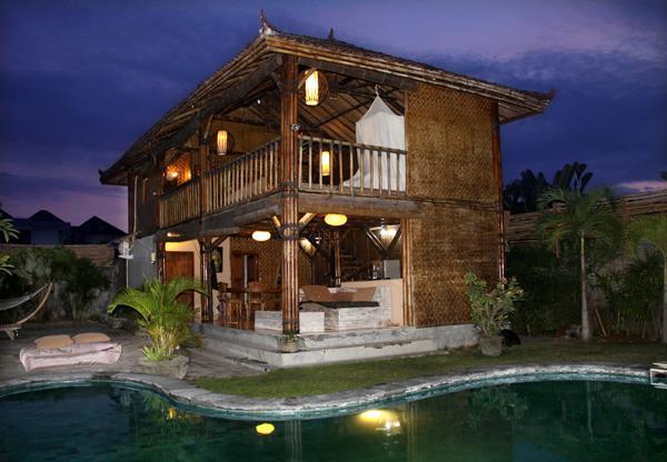 Villa Rumah Bamboo View from the Pool - Romantic experience on 400 sqm Seminyak Promo - Seminyak - rentals