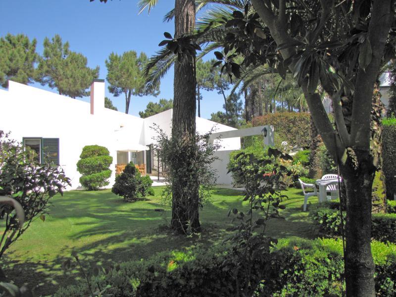 Beach House in a Private Golf Condo - Image 1 - Almada - rentals