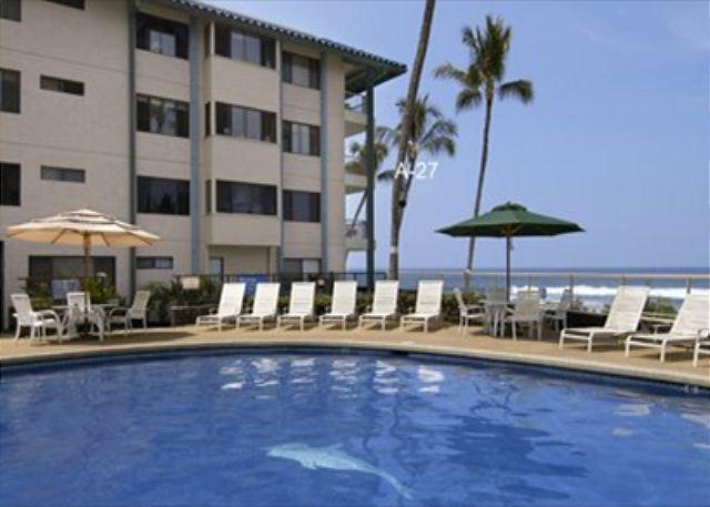 Relaxing at the Pool, with an Ocean Front View - Ocean Front in Kailua Kona Town short walking distance to pier, Kona Reef A27 - Kailua-Kona - rentals