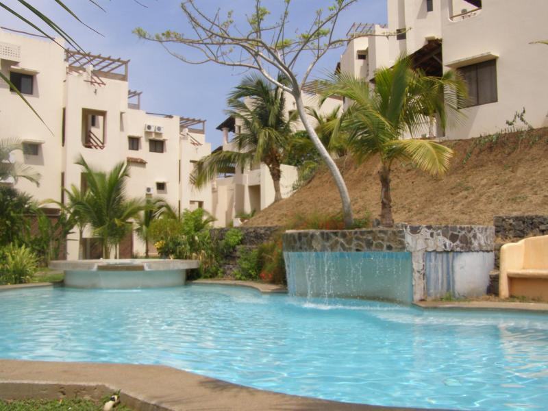 FRONT 2 STORY CONDOMINIUM - Ocean View Condo with Amenities 99 - Guanacaste - rentals