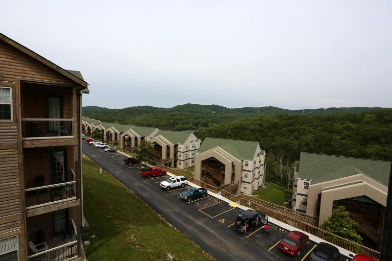 Branson Vacation Rental | Eagles Nest | Indian Point | Silver Dollar City | Penthouse (3210605) - Image 1 - Branson - rentals