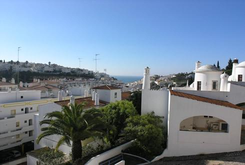 Splendid sea and countryside views from their roof terrace and spacious balconies - Colina Branca Larger Family Townhouse - Carvoeiro - rentals