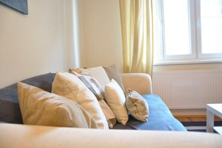 Jump to City Center - 2 Rooms/For 5 - Image 1 - Vienna - rentals