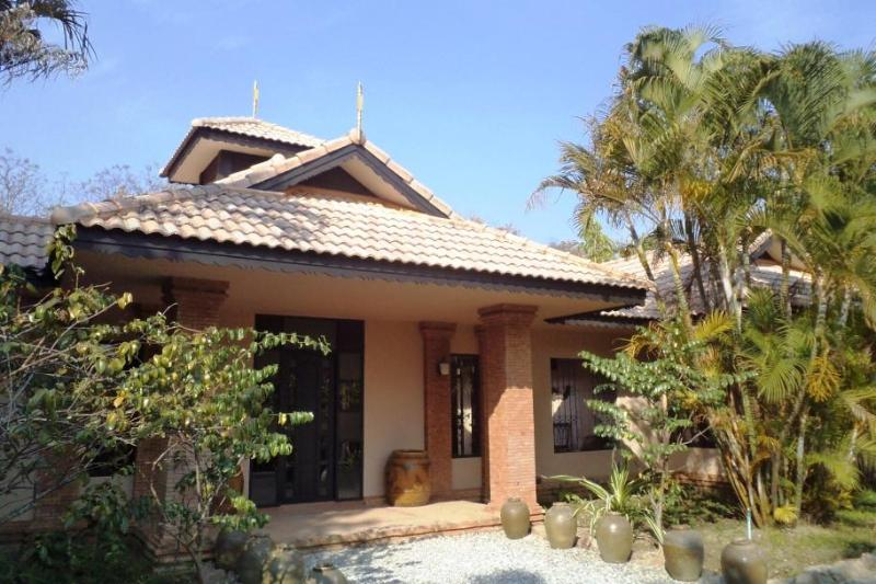 Kinkala Villa (shared salt-water pool) - Kinkala Villa (shared salt-water pool) - Chiang Mai - rentals