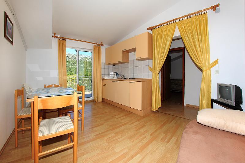 Apartment Emma 7 ( 2+2 ) - Image 1 - Orebic - rentals