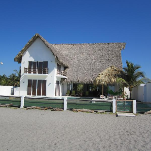 Beach front - Beautiful beach house in an exotic location - La Libertad Department - rentals
