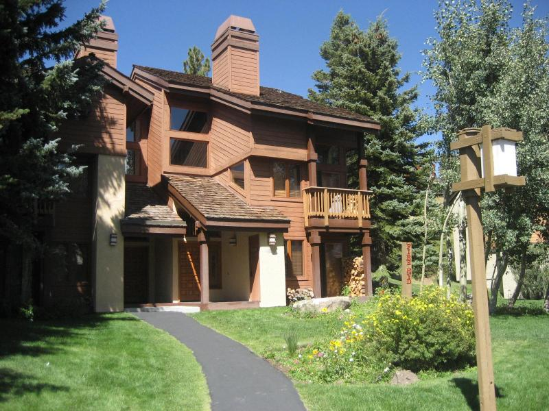Exterior of Condo - Snowcreek Condo  3 BR + Loft, 2.5 Bath April Specials!! - Mammoth Lakes - rentals