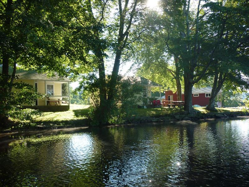 Backlund's Waterfront Cottage - Image 1 - Jewett City - rentals