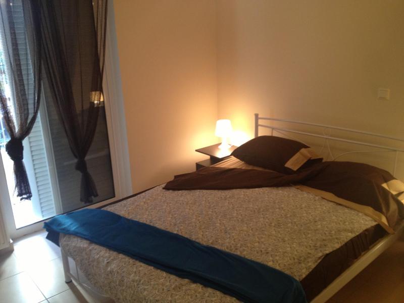 2 bedrooms in luxury condo central Athens Metro - Image 1 - Athens - rentals