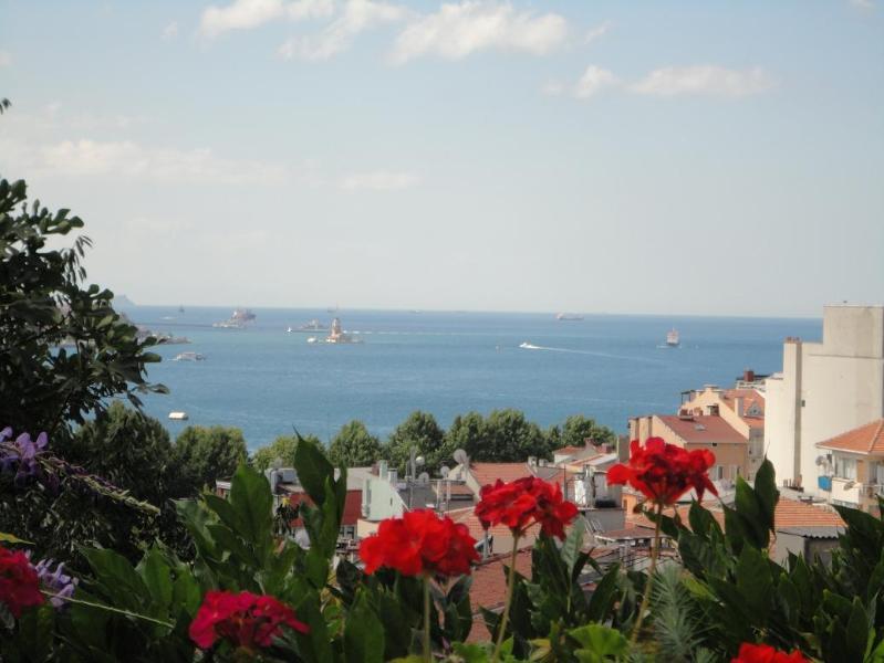 Sea View Garden Terrace - Image 1 - Istanbul - rentals