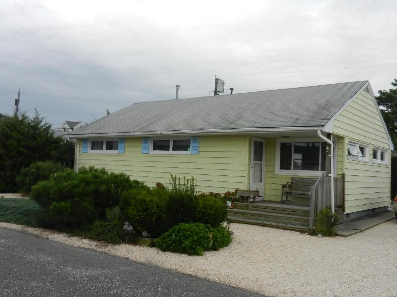 29 Jacobsen Lane - Beach Block - Normandy Shores NJ - 3BR 1b BEACH BLOCK - Normandy Shores, NJ - 2100 pw - Normandy Beach - rentals