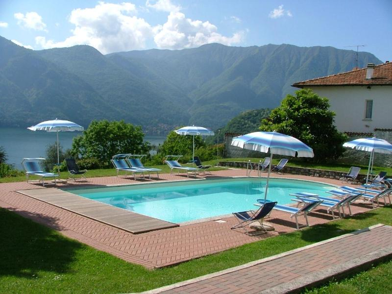 swimmingpool area - Residence Celeste type B - Mezzegra - rentals