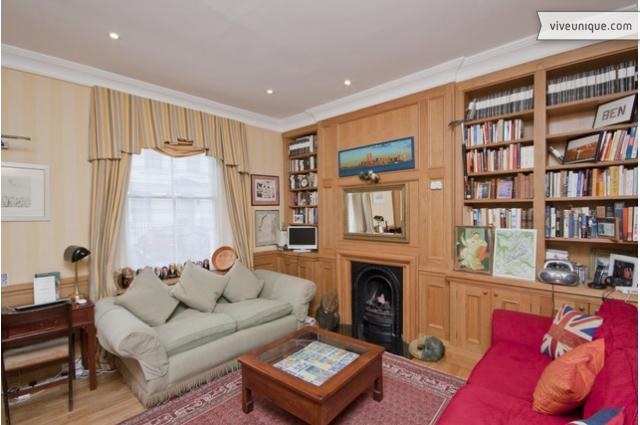 Charming 2 bed Townhouse, near Sloane Sq + Buckingham Palace - Image 1 - London - rentals
