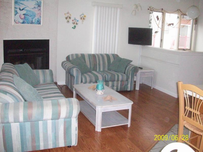 Living room - Diamond Beach - Ocean View - NO BOOKING FEE! - Wildwood Crest - rentals