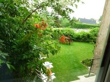 Garden View From Sitting Room - Charming Town House With Fabulous Views - Semur-en-Auxois - rentals