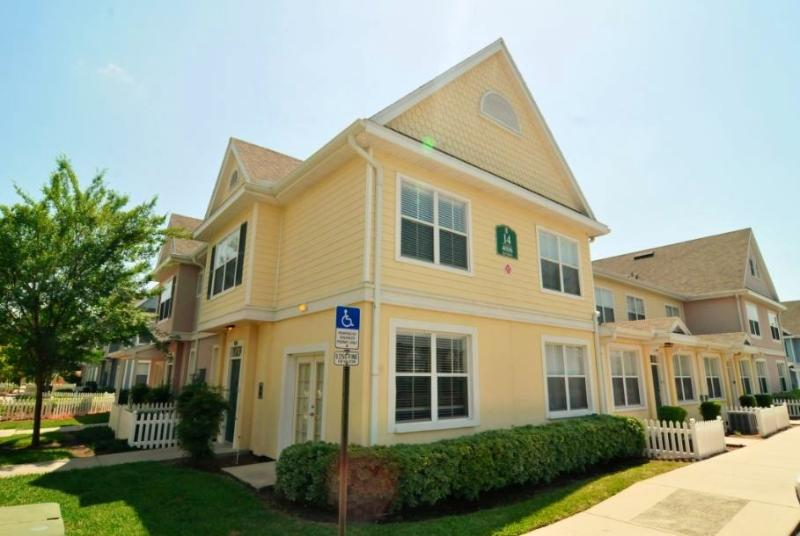 Townhouse Exterior - Luxury 4 BR Venetian Bay Townhouse - Near Disney! - Kissimmee - rentals