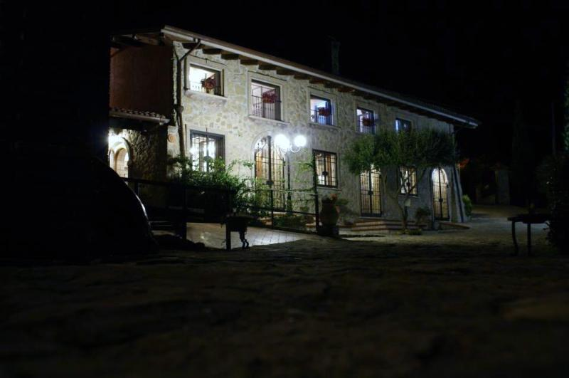 Il casale delle ginestre apartment one - Image 1 - Castel San Pietro Romano - rentals