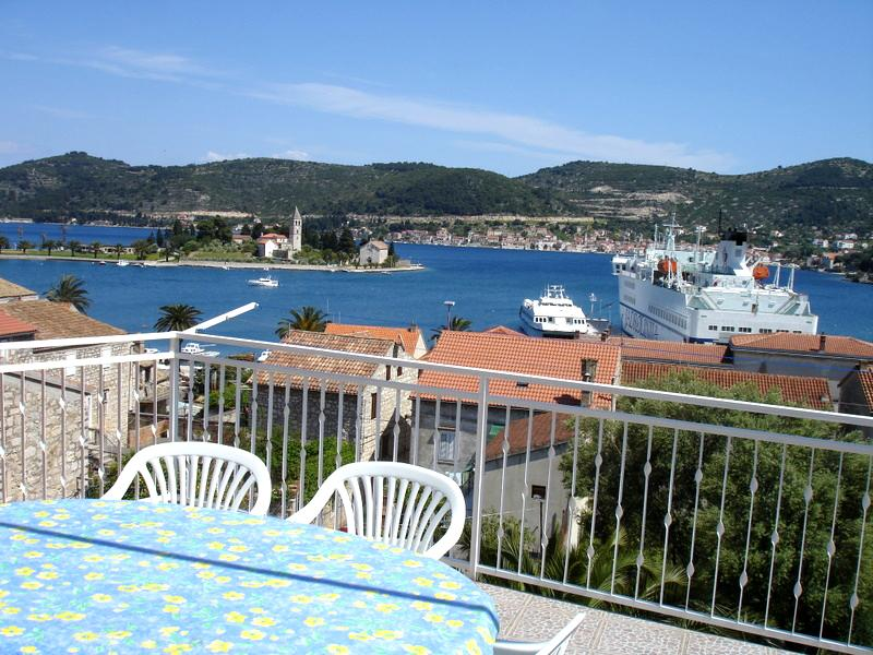 View from our terrace - 4 people Apt in the old town center - Vis - rentals